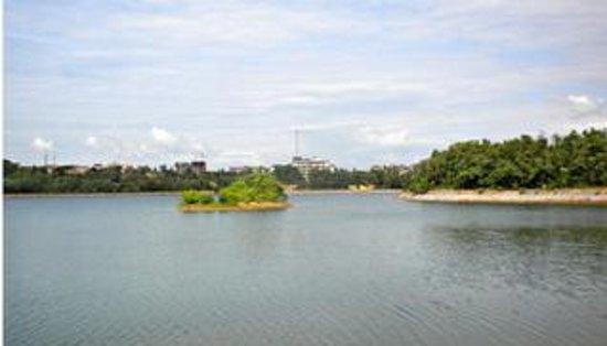 manipal-lake